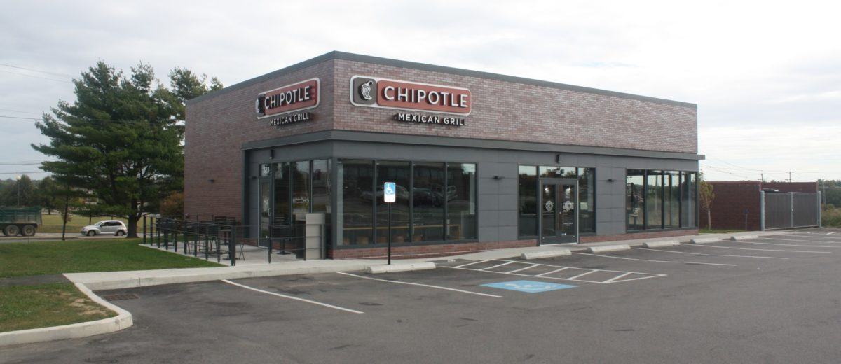 photo of chipotle mexican grill building in bangor maine